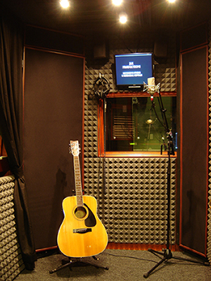 Vox Booth